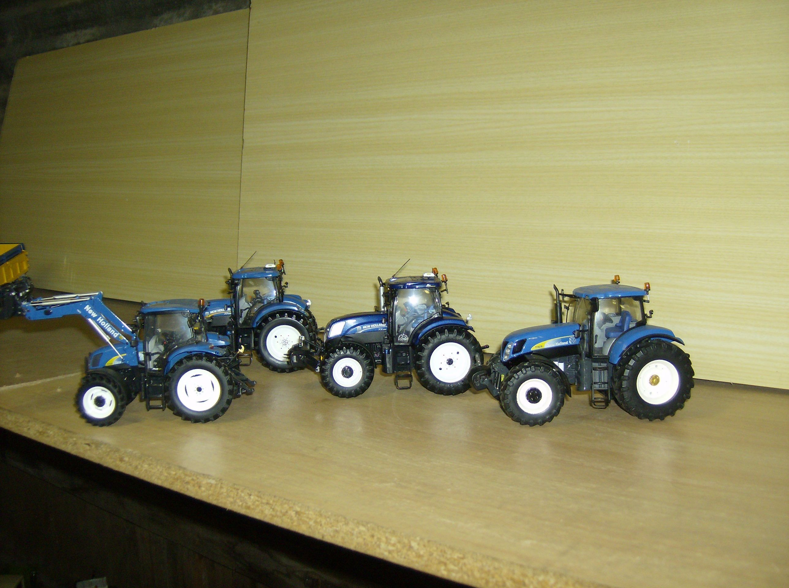 tracteurs miniatures 1/32 - Page 10